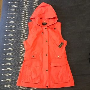 Pendleton Coral Utility Vest with Hood